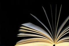 Un libro abierto Foto de archivo