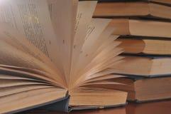Un libro abierto Imagenes de archivo