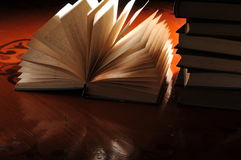 Un libro abierto Fotografía de archivo libre de regalías
