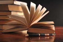 Un libro abierto Imágenes de archivo libres de regalías