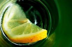 Un limón fotografía de archivo