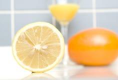 Un limone sul primo piano Fotografia Stock Libera da Diritti