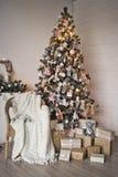 Un lugar acogedor para las sesiones fotográficas 9319 de la Navidad imagenes de archivo