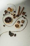 Un mélange aromatique sur la table Images stock