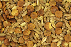 Un mélange des grains crus et du fond grupy de céréales Photos stock
