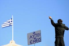 Un manifestante gesticula Fotografía de archivo