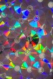 Un manojo de Cdes o de DVDs del extendido completamente plano Fotografía de archivo libre de regalías