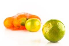 Un manojo de naranjas en conjunto de la red Imagenes de archivo