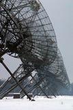 Un manojo de telescopios en línea imagen de archivo