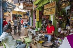 Un marché occupé du centre de Jaipur Photos stock