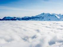 Un mare delle nuvole sulle alpi svizzere - 2 Fotografia Stock Libera da Diritti