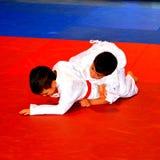 Un match dans un concours national de judo Images stock