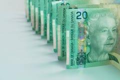 Banconote in dollari del canadese venti di paesaggio Immagini Stock Libere da Diritti