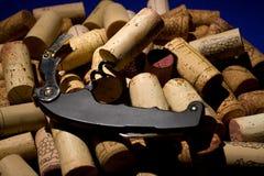 Un mazzo di sugheri del vino Immagini Stock Libere da Diritti