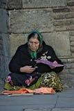 Un mendicante nelle vie di Siviglia Immagini Stock Libere da Diritti