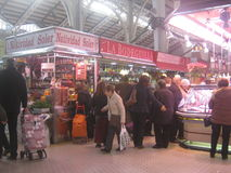 Un mercado en España Fotos de archivo