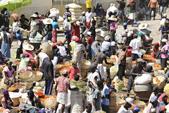 Un mercato haitiano occupato Fotografia Stock Libera da Diritti
