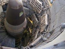 Un misil nuclear del titán en él es silo Imágenes de archivo libres de regalías