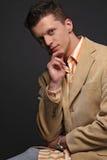 Un modèle de mode de handsomee Photo libre de droits