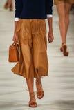 Un modelo camina la pista que lleva a Ralph Lauren Spring 2016 durante semana de la moda de Nueva York Imagen de archivo