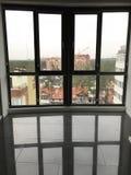 Un modelo o un interior del ladrillo es un estilo caliente para el interior de un desván Imagen de archivo