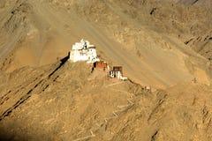 Un monastère sur le sommet de la ville de Leh a appelé le zemo de Namgyal photos stock