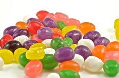 Un monticello scrumptious delle caramelle variopinte. fotografia stock