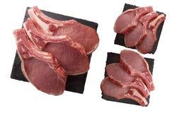 Un morceau de bifteck juteux et frais Viande sur la pierre noire photo libre de droits