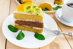 Un morceau de gâteau de fruit Photo stock
