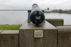 Un mortier antique sur le quai Photographie stock libre de droits