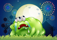 Un mostro verde stanco al carnevale Fotografia Stock Libera da Diritti