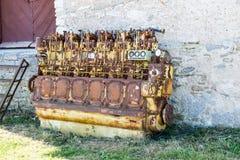Un motor diesel anticuado viejo imagen de archivo libre de regalías