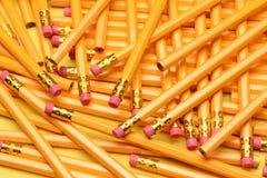 Un mucchio casuale delle matite Fotografia Stock