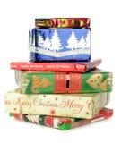 Un mucchio dei regali di Natale Immagini Stock