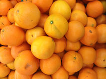 Un mucchio dell'arancia fotografie stock
