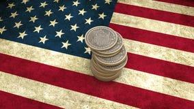 Un mucchio delle monete di Bitcoin sta sulla bandiera di U.S.A. 3d rendono illustrazione di stock