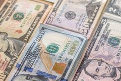 Un mucchio di cento fatture del dollaro Immagine Stock Libera da Diritti