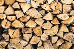 Un mucchio di legna da ardere Priorità bassa di legno di struttura Fotografia Stock