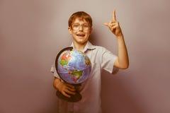 Un muchacho de 10 años de aspecto europeo con Imagen de archivo libre de regalías