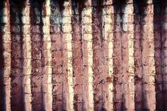 Un mur de briques angulaire Photos stock