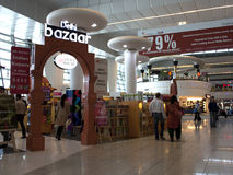 Un negozio T3 al terminale, IGIA Fotografia Stock
