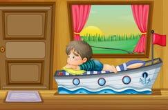 Un niño pequeño triste dentro de la casa Fotografía de archivo libre de regalías