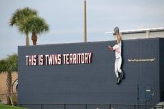 Un nouveau signe aux sports de CenturyLink complexes Images stock