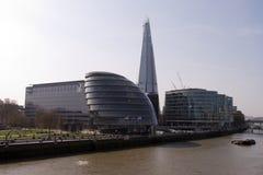 Un nuevo rascacielos Foto de archivo libre de regalías