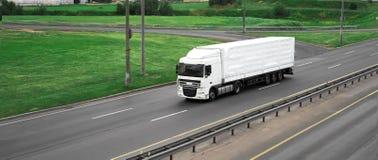 Un nuovo camion Immagini Stock Libere da Diritti