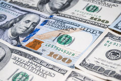 Un nuovo e vecchio dollaro di 100 americani Fotografia Stock Libera da Diritti