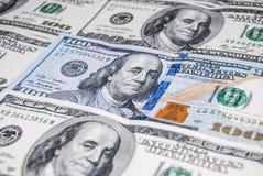 Un nuovo e vecchio dollaro di 100 americani Immagini Stock Libere da Diritti