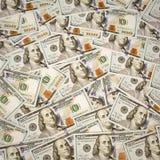 Un nuovo fondo di 100 banconote in dollari Fotografie Stock Libere da Diritti