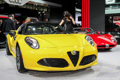 Un objet exposé d'Alfa Romeo 4C à New York 2016 Photo stock