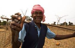 Un operaio in India rurale Immagine Stock Libera da Diritti